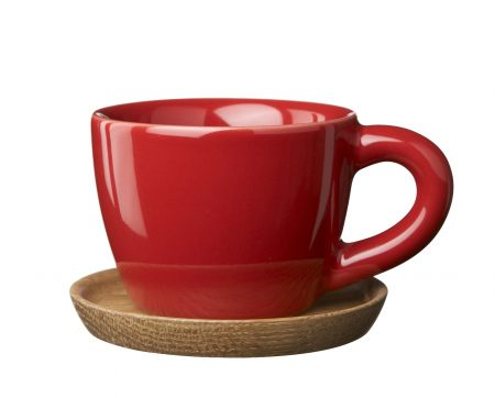 hk_espresso_cup_with_wooden_plate_10_cl_glossy_apple_red_jpg.jpg